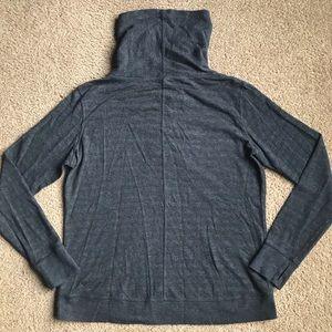lululemon athletica Sweaters - Lululemon Reversible In A Cinch Long Sleeve Tee